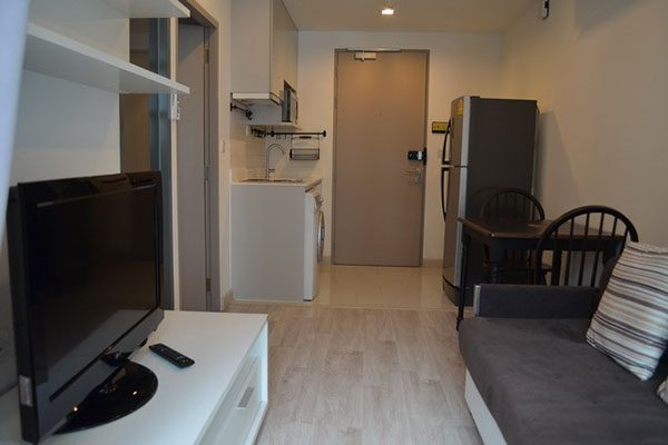 Ideo-Mobi-Sukhumvit-Bangkok-condo-1-bedroom-for-sale-4